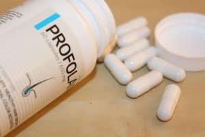 Profolan rozsypane tabletki na stole