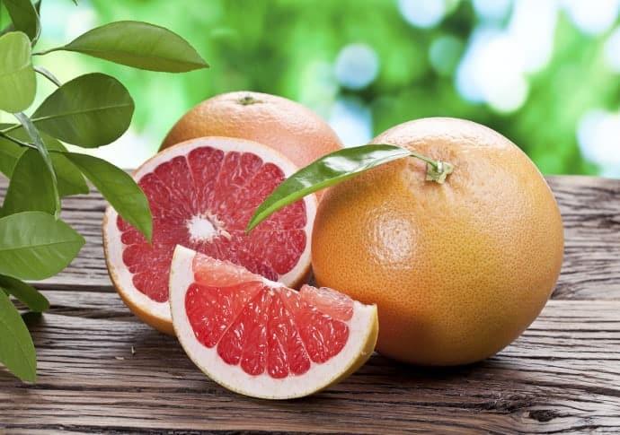 Grejpfrut na odchudzanie – Na czym polega dieta grejpfrutowa?