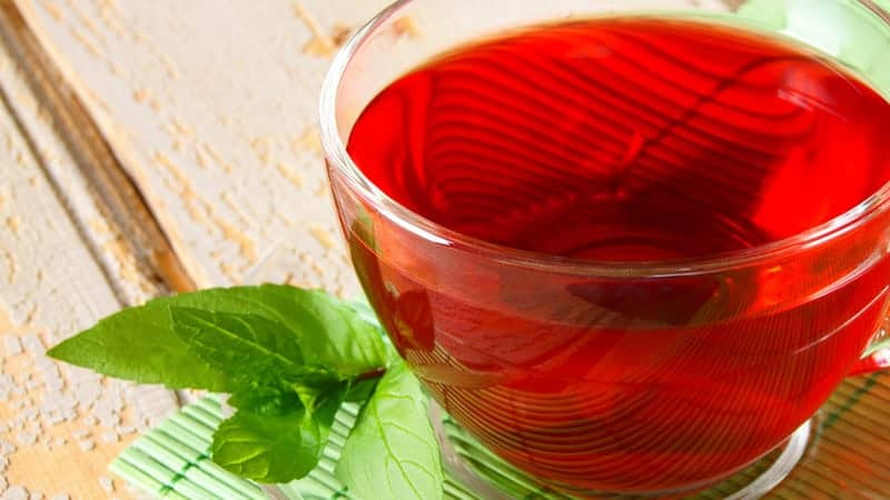 Czerwona herbata na odchudzanie – naturalnym sprzymierzeńcem w walce z nadwagą