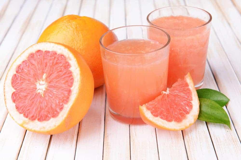 grejpfruty i sok z owoców