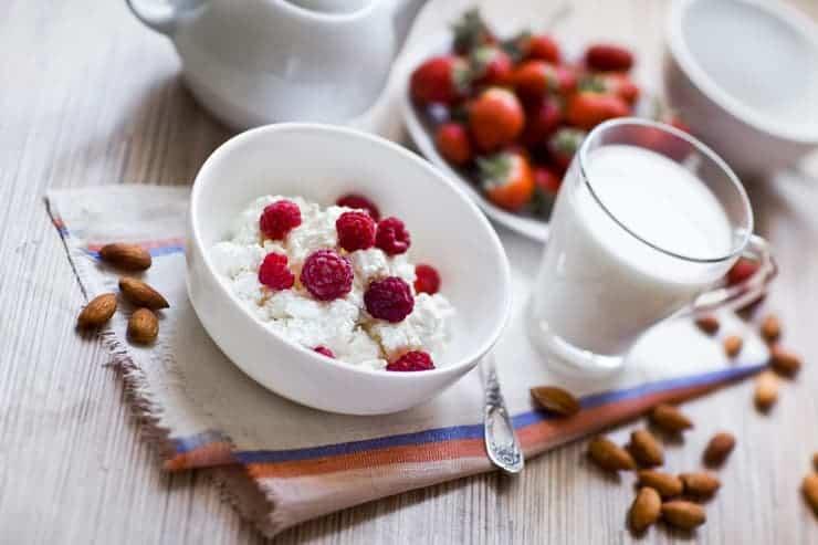 Słodkie, zdrowe przekąski, czyli czym zastąpić tradycyjne słodycze