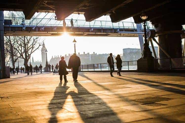 Spacer – bezdyskusyjne zalety dla naszego zdrowia fizycznego i psychicznego