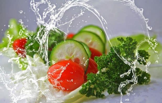Dieta wegańska czy wegetariańska – zalety, wady i różnice pomiędzy nimi