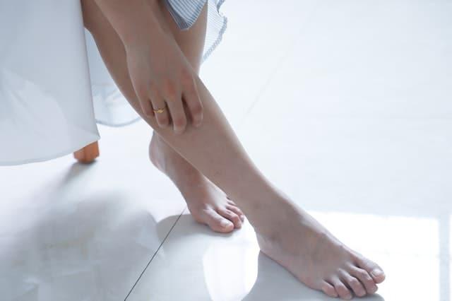 stopy kobiety